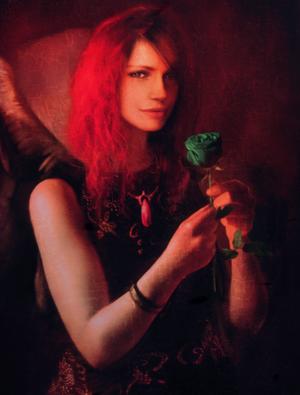 Eva Portrait DmC