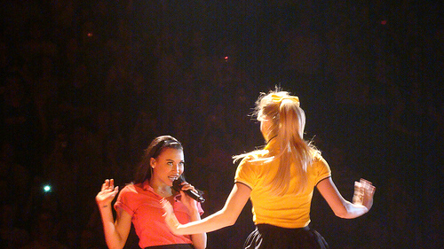 Datei:Naya Rivera & Heather Morris.jpg