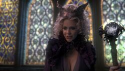 Once-upon-a-time-1x22-a-land-without-magic-2385