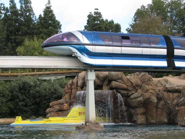 File:Disneyland Monorail System at Disneyland.jpg
