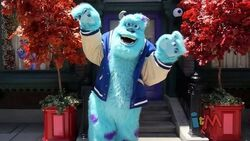 Monsters university dorm meet and greet with mike and sulley at disney california adventure