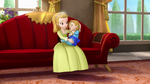 Two princess and a baby1011