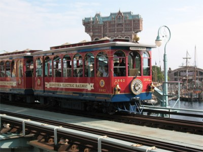 File:DisneySea Electric Railway.jpg