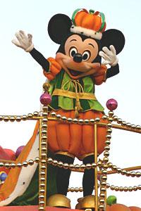File:MickeyHalloween2005Tokyo.JPG