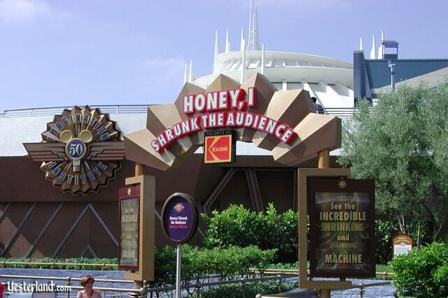 File:Honey, I Shrunk the Audience at Disneyland.jpg