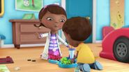 Doc-McStuffins-Season-1-Episode-5-Gulpy-Gulpy-Gators--One-Note-Wonder