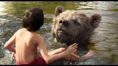 """The Jungle Book clip """"Bare Necessities"""""""
