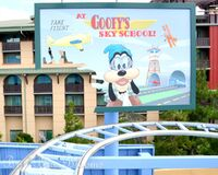 Goofys-Sky-School-in-California-Adventure-6