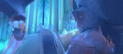 Frozen-disneyscreencaps.com-8235