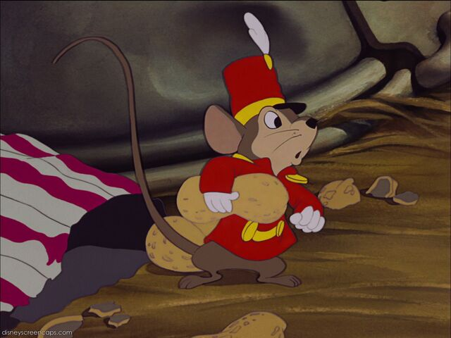 File:Dumbo-disneyscreencaps com-2108.jpg