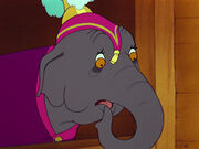 Dumbo-disneyscreencaps.com-1084