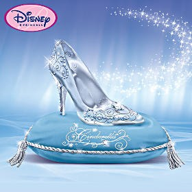 File:Glass Slipper Figurine.jpg