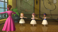 Amber, Sofia, and Kari doing Ballet