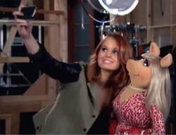 Debby Ryan Miss Piggy