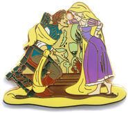 DSF - Tangled - Rapunzel and Flynn in Chair