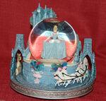Disney Cinderella Snowglobe This is Love Musical Light Up Slipper Rare-2