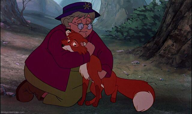 File:Widow-Tod-(Fox and the Hound).jpg