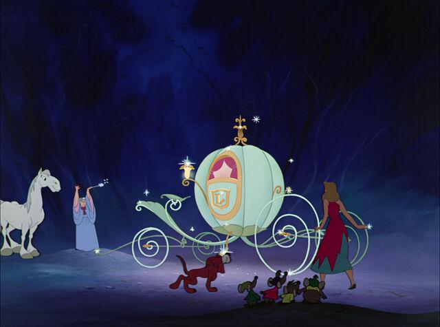 File:Cinderella-disneyscreencaps com-5015.jpg