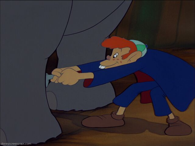 File:Dumbo-disneyscreencaps com-1917.jpg