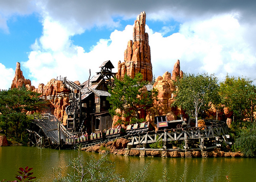 File:Big Thunder Mountain at Disneyland Paris.jpg