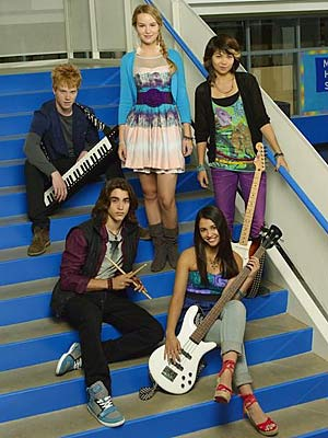 Lemonade-mouth2