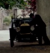 DowntonVehicleS4E8