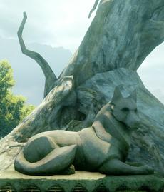 Wolf-Statue-Emerald-Graves