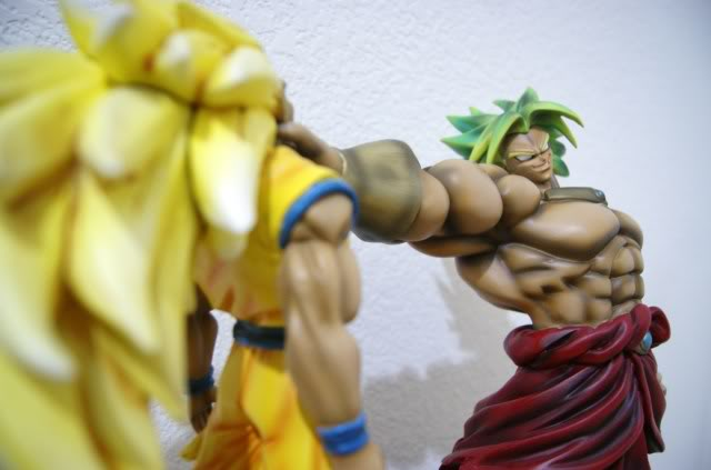 File:Broly Goku modelkit set.jpg