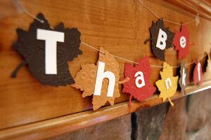 Thanksgiving-leaf-garland