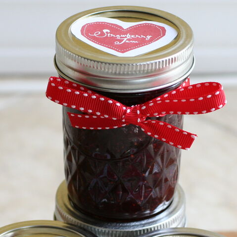 File:Strawberryjam.jpg