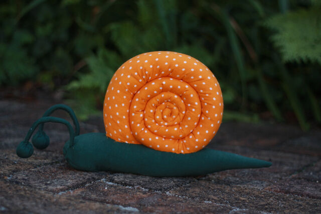 File:Sew a stuffed snail (28).JPG