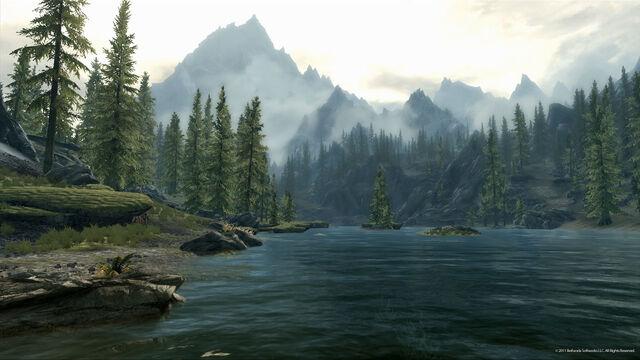 File:Lake Mountains.jpg