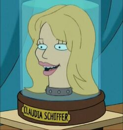 ClaudiaSchiffer'shead