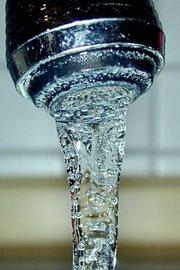 180px-Drinkingwater