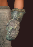 Thief's Blood-Dyed Chain Gloves (Equipped)