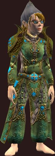 Vesspyr Scholar's Elaborate Green Robe (Equipped)