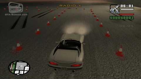 Autoescuela de coches - Derrape y parada