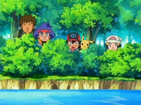 Archivo:EP527 Observando al Team Rocket.png