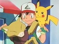 Archivo:EP158 Abra agarrado a Ash.png