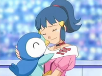 Archivo:EP548 Maya con Piplup.png