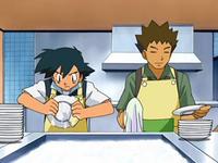 Archivo:EP561 Ash lavando los platos con Brock.png