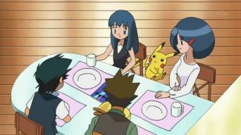 Archivo:EP660 Todos tomando desayuno.jpg