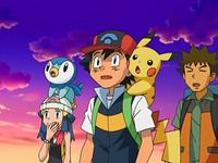 Archivo:EP551 Maya, Ash y Brock sorprendidos.png