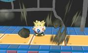 Togepi usando terremoto SSB4 3DS.png