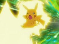 Archivo:EP554 Pikachu usando rayo.png