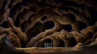 EP614 Cavernas al interior del Monte Shady