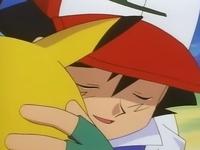 Archivo:EP039 Ash abrazando a Pikachu.png