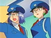 Archivo:EP205 James y Jessie disfrazados de policías.png