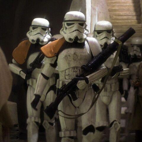 Archivo:Sandtroopers2-hd.jpg
