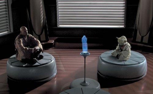 Archivo:Mace Yoda holo.jpg